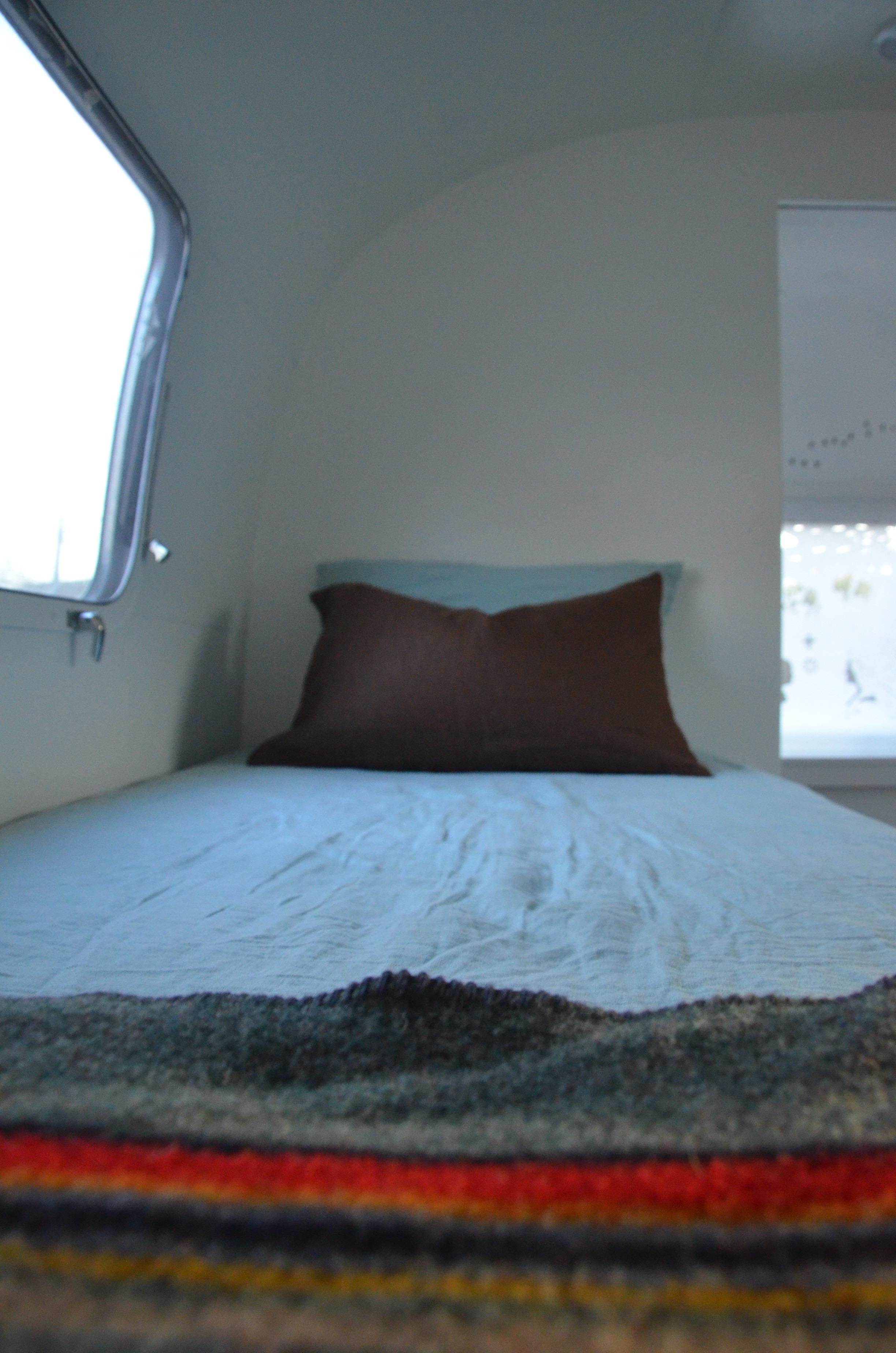 8a-Bed.jpg