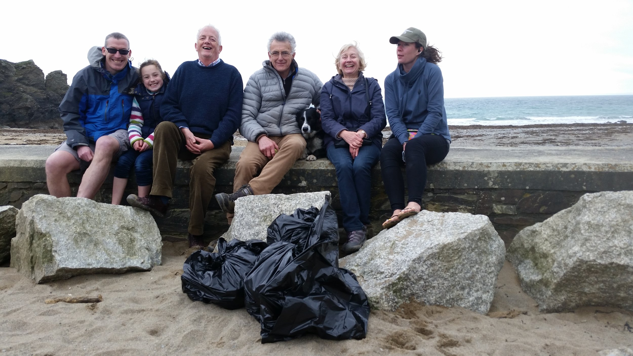 Richard, Richard's daughter, Robert, Robert, Carolyn and Ellie with our haul for the day.