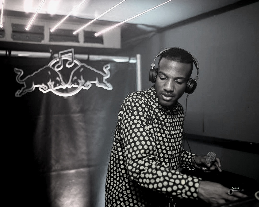 Week Forty Eight: 90s Nostalgia in UK Garage — the Intersection