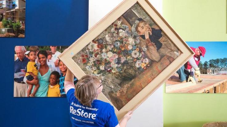 donate-goods-to-habitat-restore_0.jpg