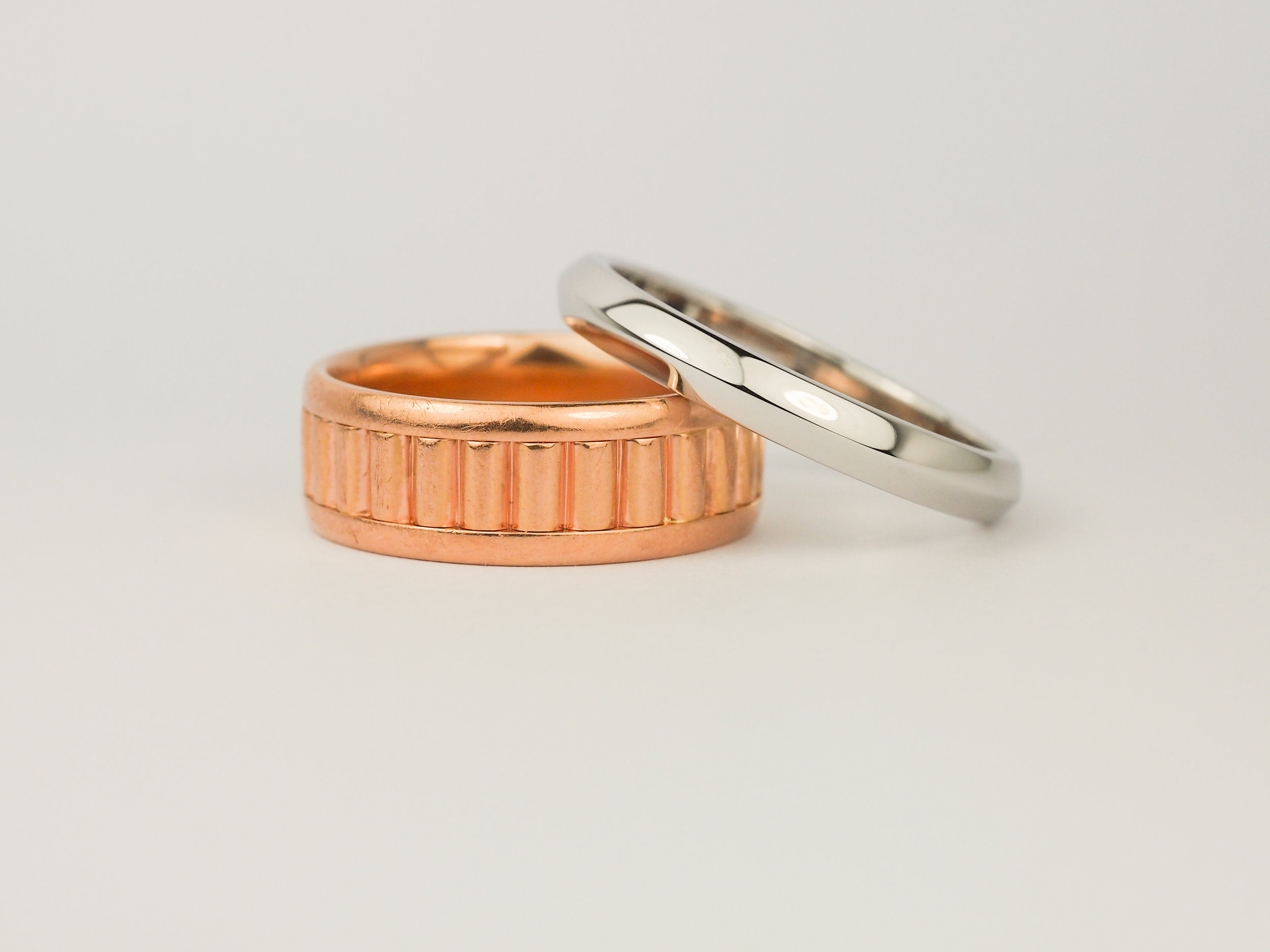 Men's wedding rings in rose gold and platinum