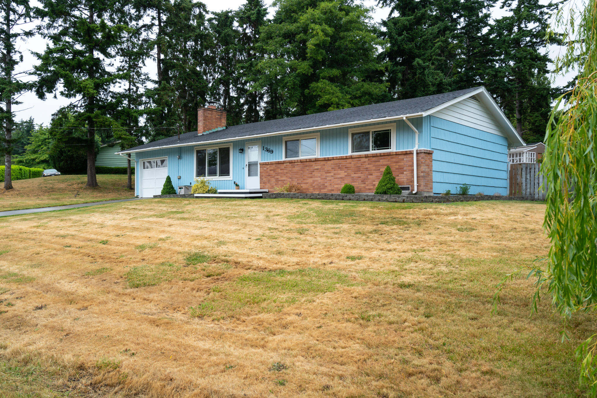 1369 Orchard Loop - Oak Harbor, WA 98277