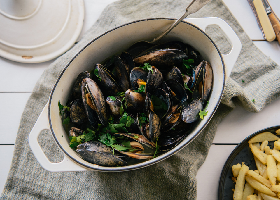 16.04.06_Moules Frites (1 of 1).jpg