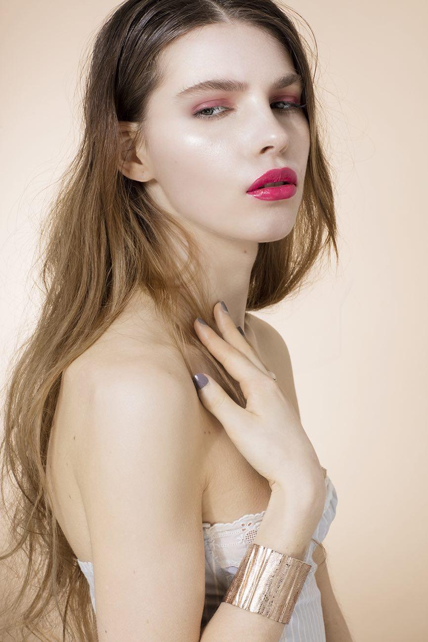 IRK MAGAZINE-CAROLINE ROGER 2 - Clara jasmine