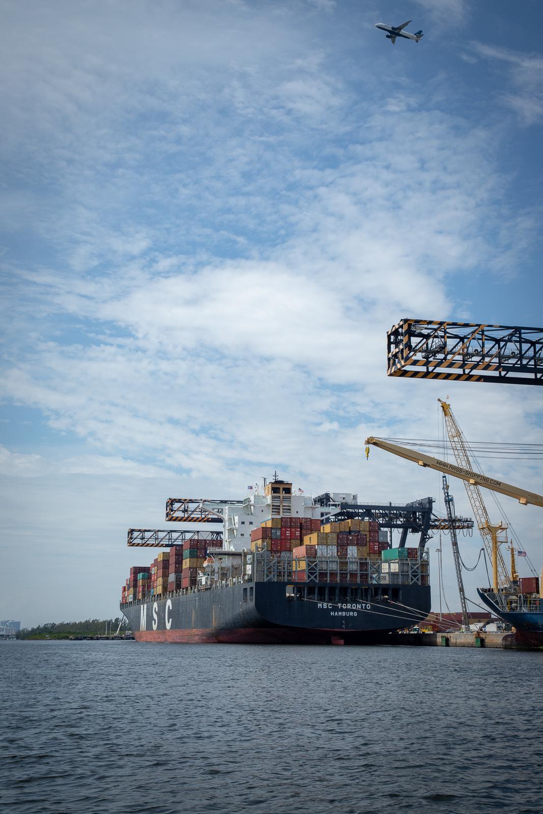 port-ship