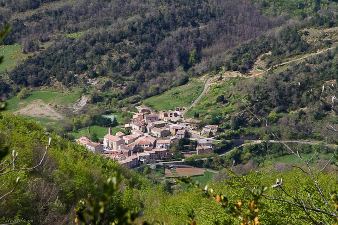 The village of Sougraigne. Photo by Ursula Wall of ursulasweeklywanders.com