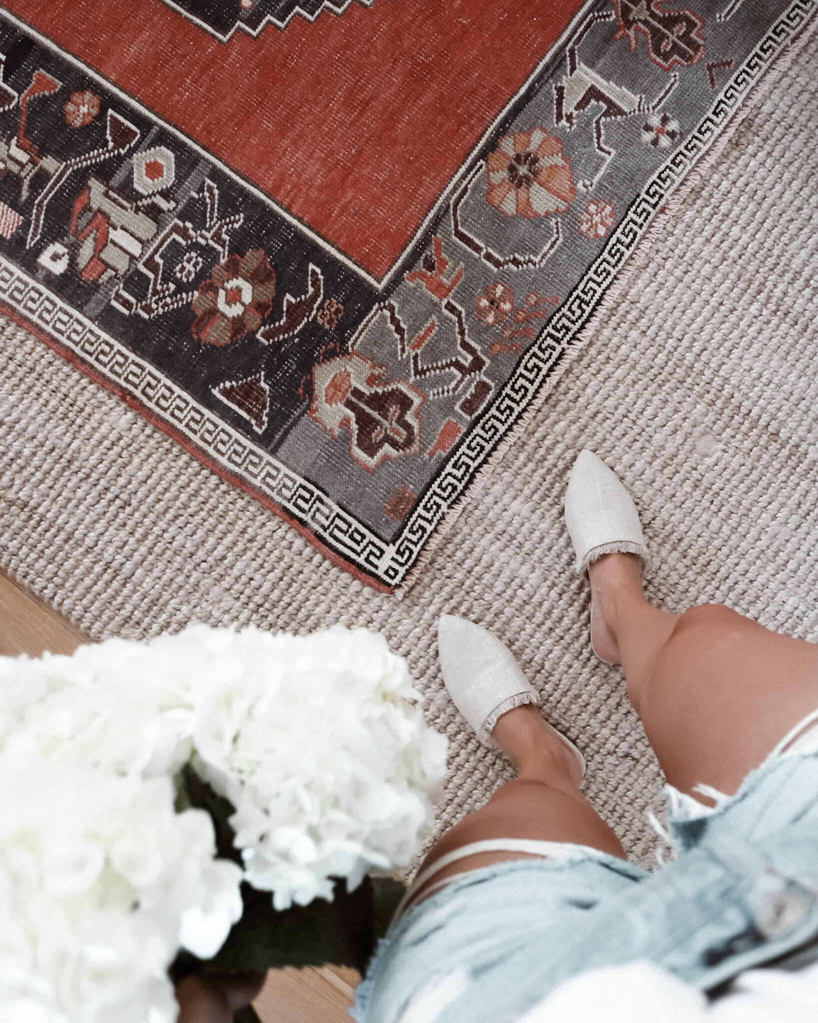 GUIDE TO PICKING + LAYERING RUGS