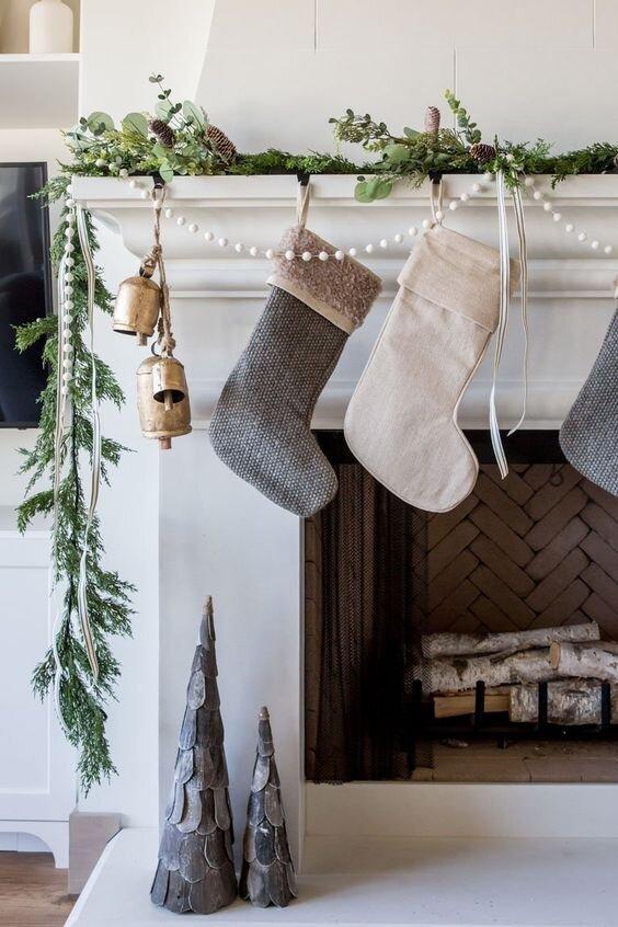 holiday home decor fireplace mantel stockings garland