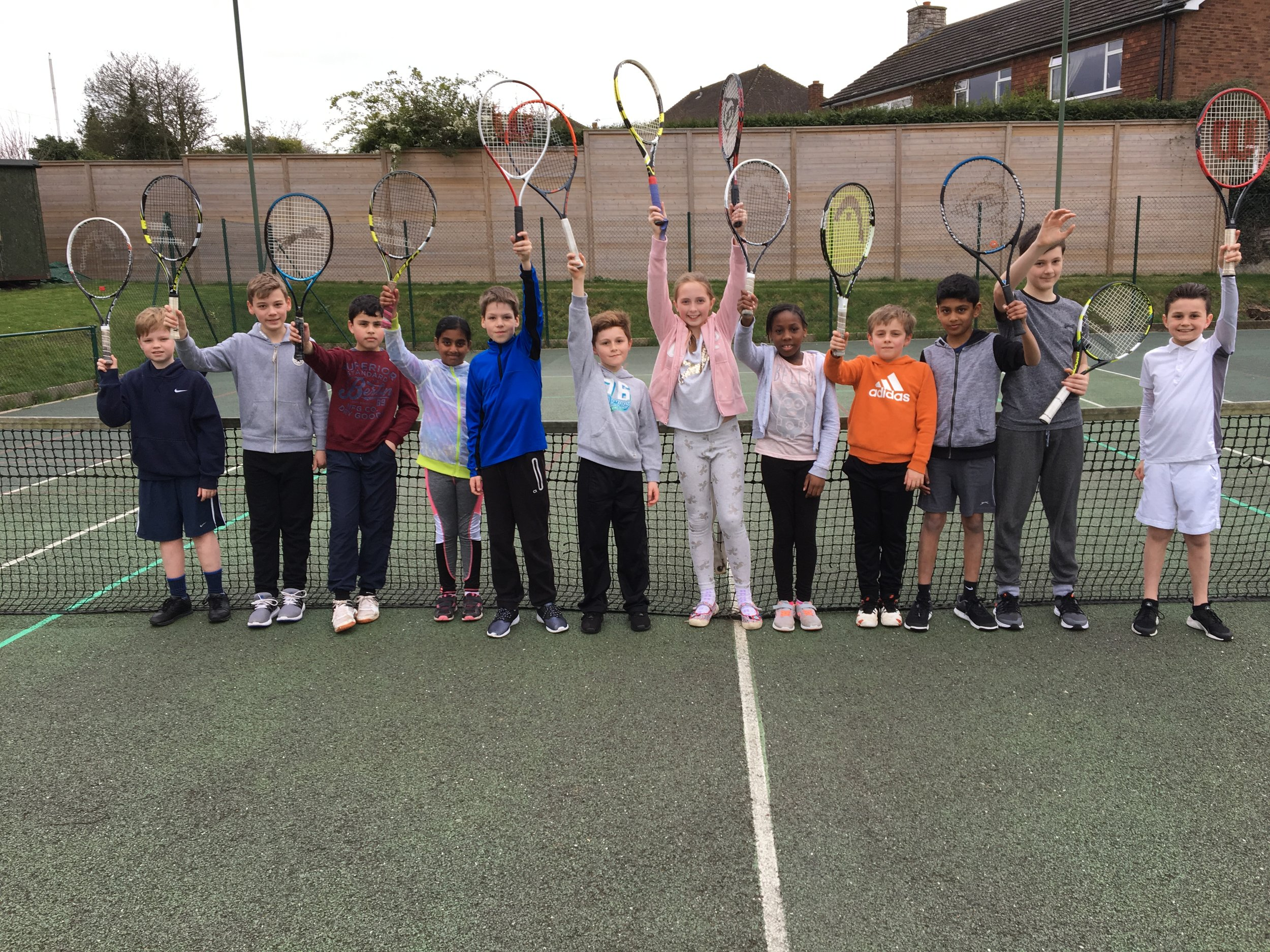 We ran our first Mini Green Matchplay event yesterday afternoon at the Club. For some of them it was their first experience of playing matches. Everyone did really well and the matches were played in great spirits. A special mention to Isaac Holdaway who remained unbeaten all afternoon...well done!! We will be running more of these events after Easter, so watch this space!