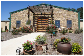 BoutierWineryPhoto.png
