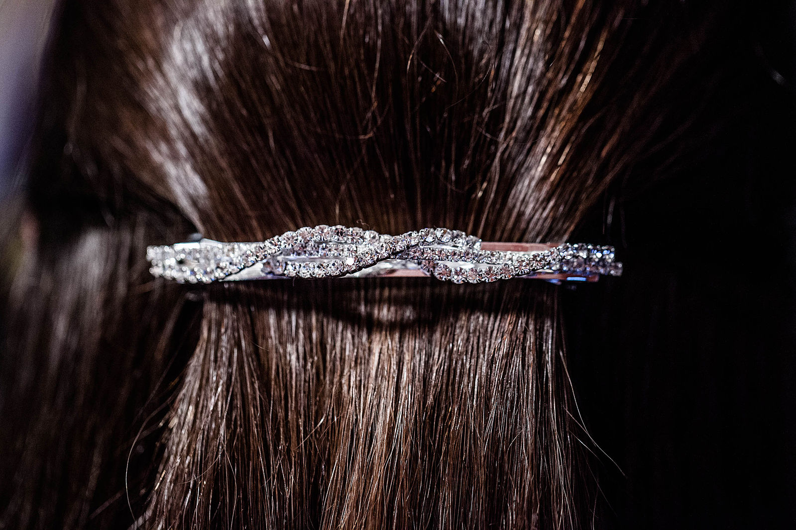 1599px-Hair_Barrette.jpg