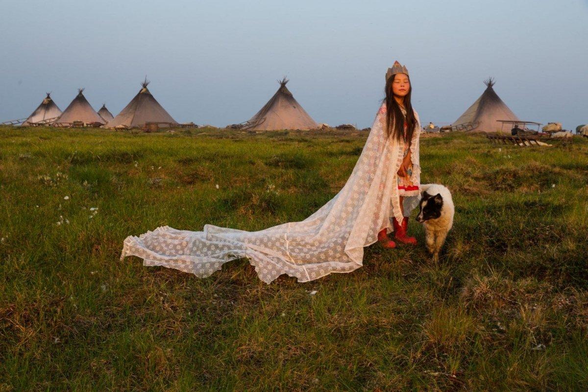 Evgenia Arbugaeva,  Tundra Princess .