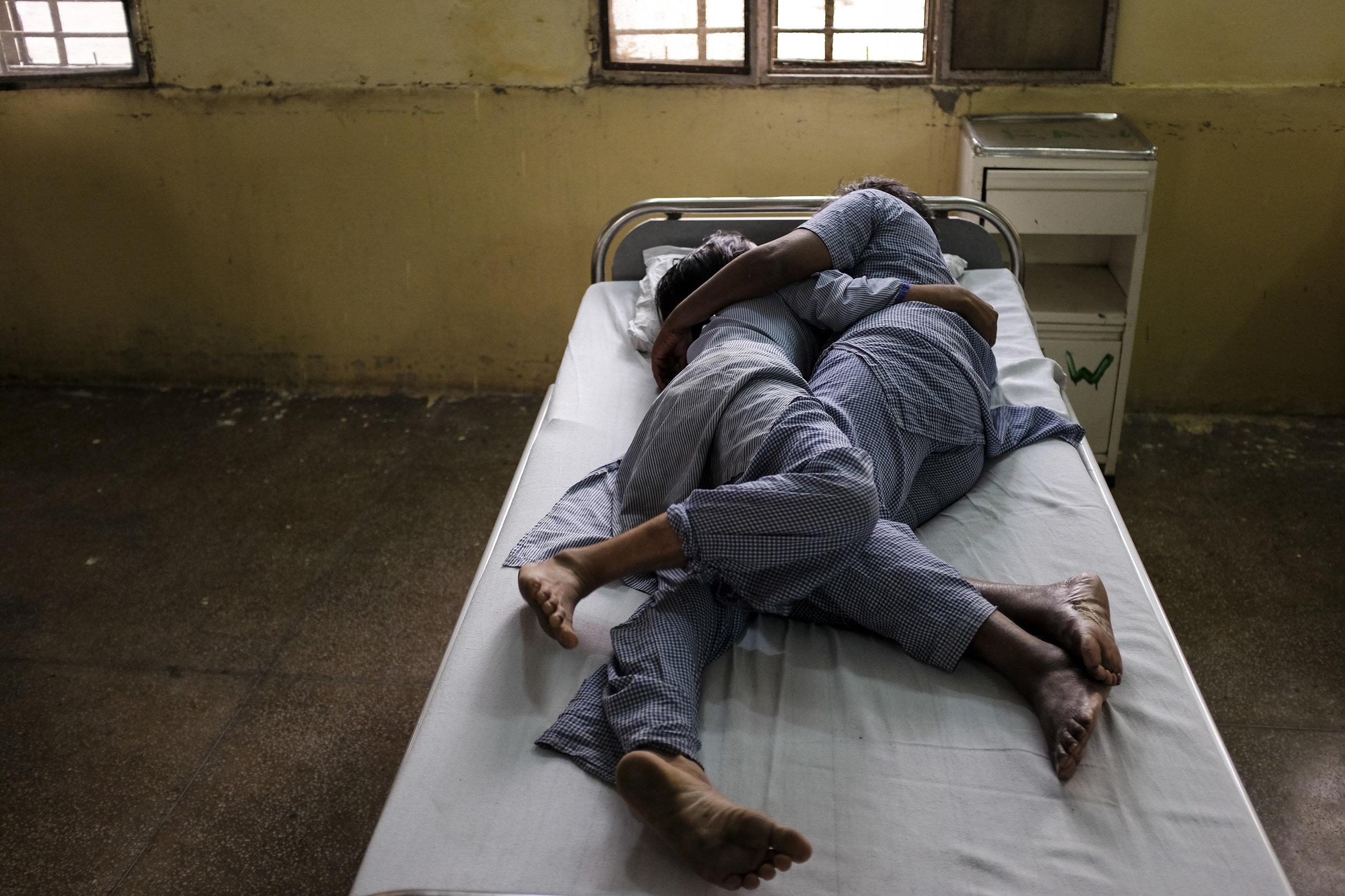CHEENA KAPOOR Delhi, India  www.cheenakapoor.com   @myshotstories  //  @cheenakapoor