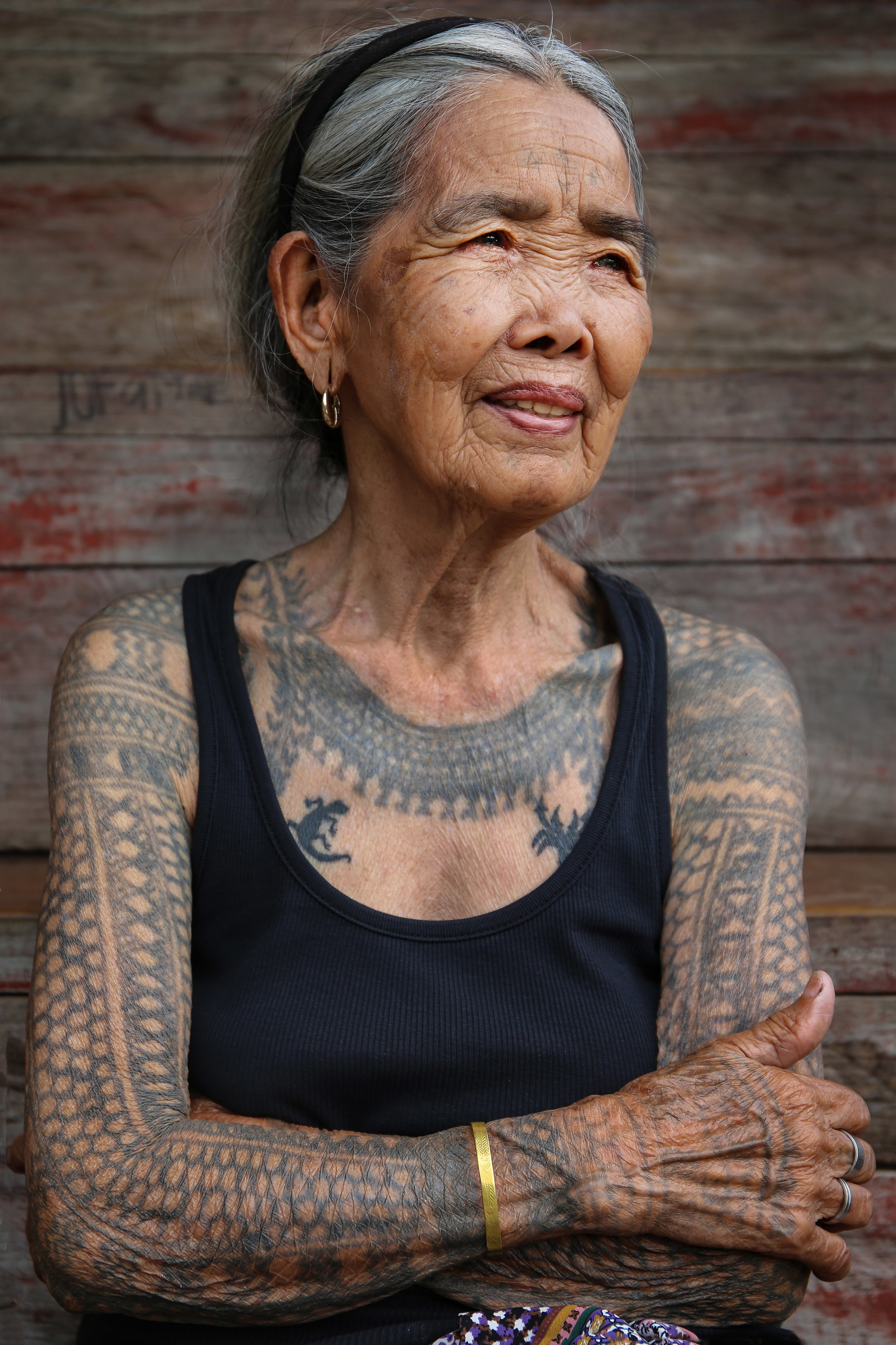 LYNZY BILLING  www.lynzybilling.co.uk  |  @lynzybilling   This pioneering 101-year-old tribal tattooist is leading Indigenous women to economic independence in the Philippines. Fang-od Oggay is known worldwide as a living legend and the last tribal tattoo artist to hold the title of Mambabatok—the name given to traditional tattooists by the Kalinga ethnic group for thousands of years. For over eight decades, Oggay has been single-handedly keeping the traditions of the Butbut tribe alive through a unique method of hand-tap tattooing.