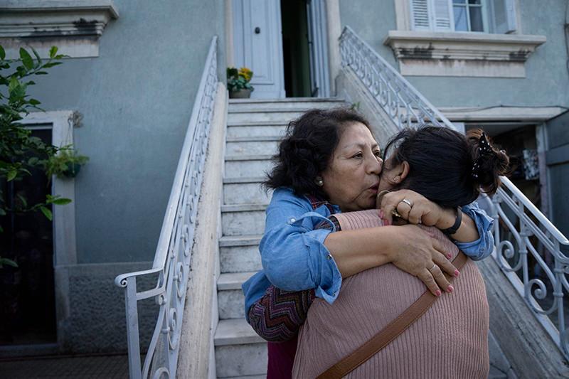 MARIANA GREIF Montevideo, Uruguay  www.mge.uy   @mgeuy