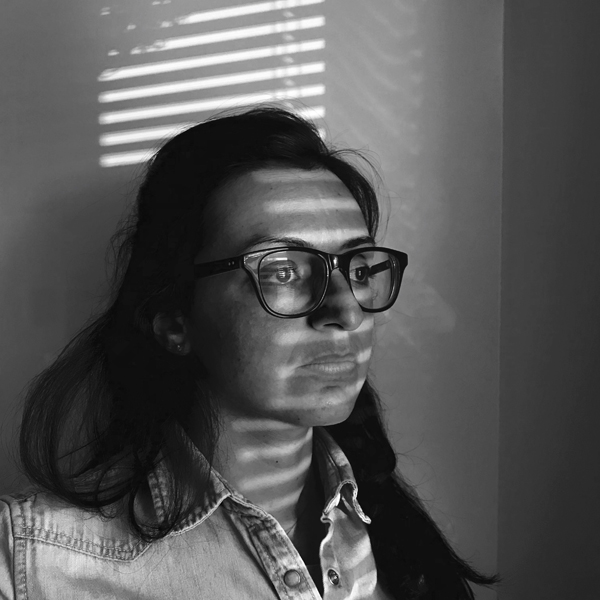 VERÓNICA SANCHIS  (Venezuela + Hong Kong) Fotógrafa y fundadora de  Foto Féminas