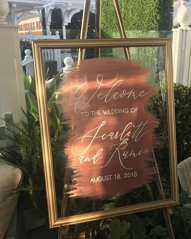 More signs out in the wild! Thanks for capturing @mstaylork 😻  #weddingsigns #moderncalligraphy #bayareacalligrapher #weddingdetails #weddingcalligraphy #handlettering #rosegold #moderncalligraphy