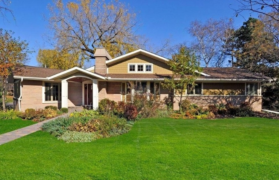 108 Chevy Chase Drive, Orono, MN