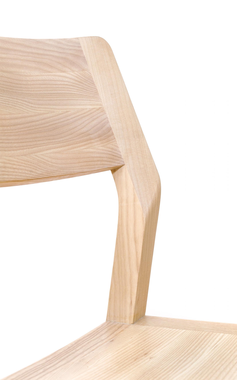 Stuhl-Eiche-Massivholz-minimalistisches-Design-Werktag-Möbel-01.jpg