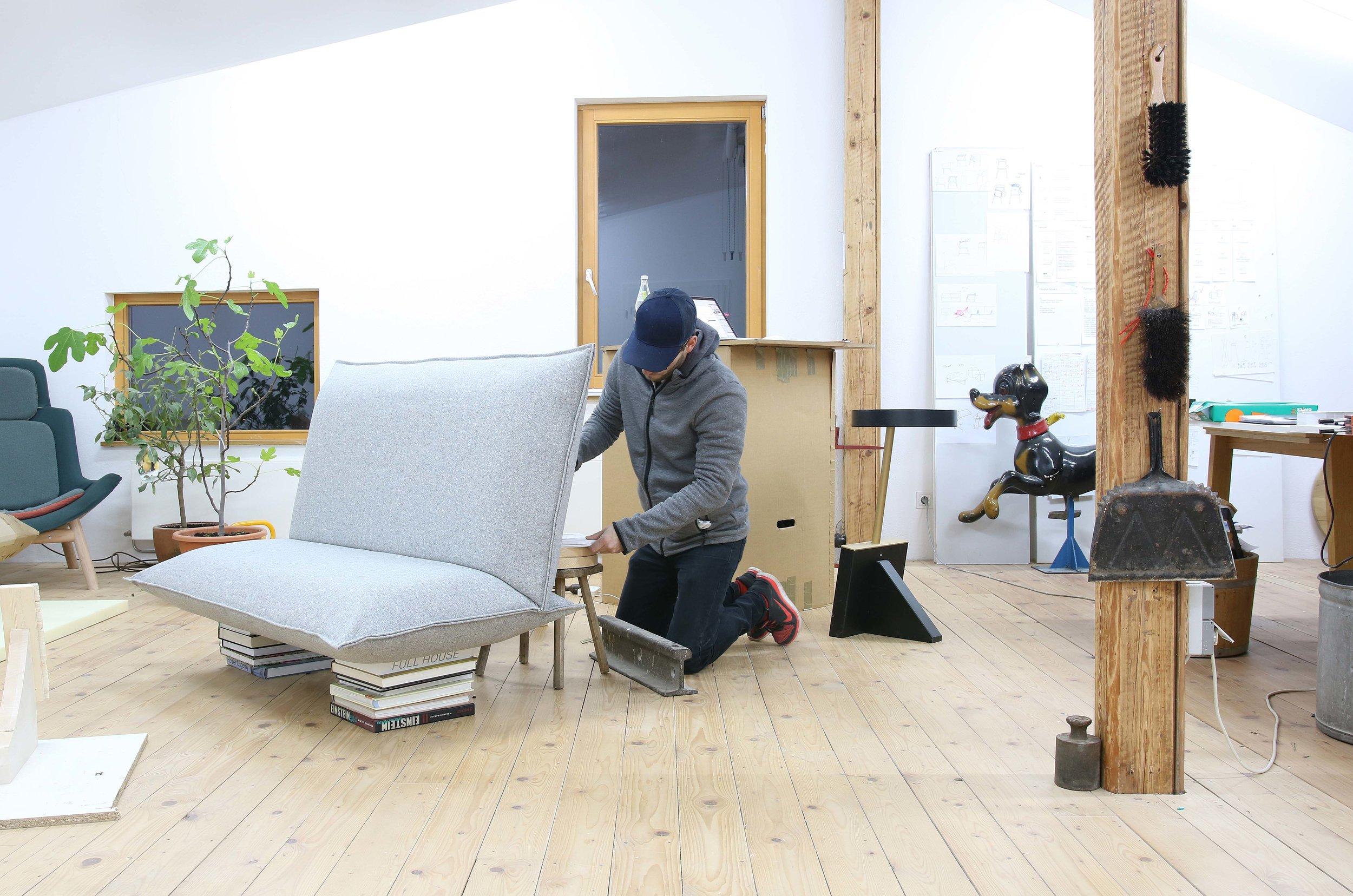 Johannes-Steinbauer-Design-Invert-Sofa-Softline-Making-Of-2.jpg