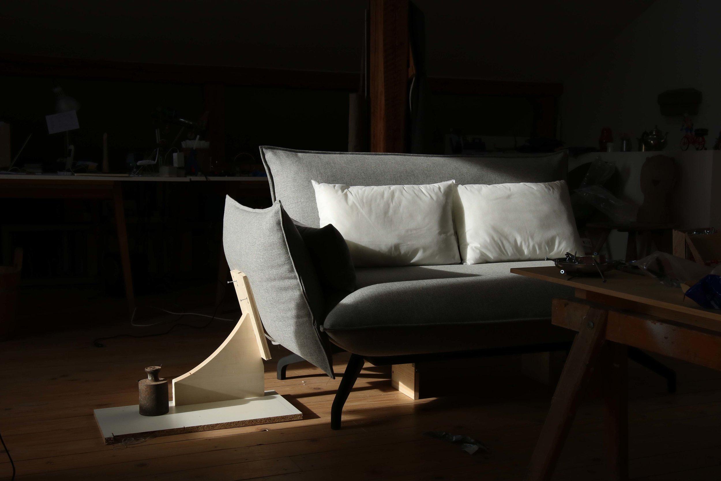 Johannes-Steinbauer-Design-Invert-Sofa-Softline-Making-Of-5.jpg
