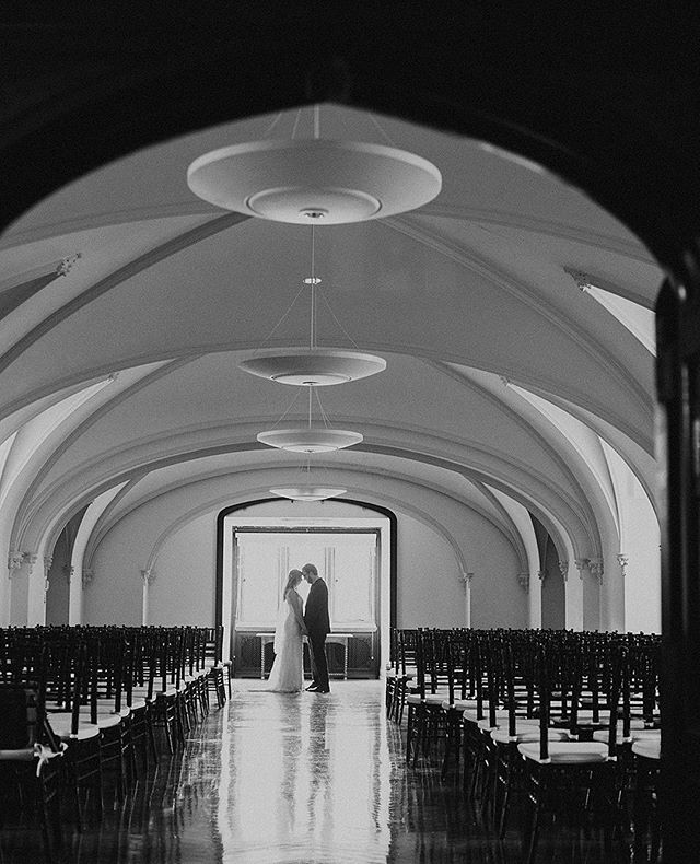 I've always been about wide-scapes with rule of thirds. Big skies I call it. Well this shot doesn't really have a big sky, but what a cool chapel room!! The wedding wasn't actually in this room, but it did make me wonder all the awesome people who've gotten married in this sacred space! ⠀ ⠀ ⠀ #couplesphotography #thehappynow #dirtybootsandmessyhair #loveauthentic #momtogs #lifewellcaptured #northernindiana #fortwayneweddings  #clickinpro #clickinmoms #clickpro #stylemepretty⠀ #greenweddingshoes #dirtybootsandmessyhair #lookslikefilm #shootandshare #dearphotographer #greylikesweddings #canon #junebugweddings #photobugcommunity #heyheyhellomay #wedphotoinspiration  #theknot #radlovestories #utterlyengaged  #buzzfeedweddings #huffpostido #loverly #engagedlife