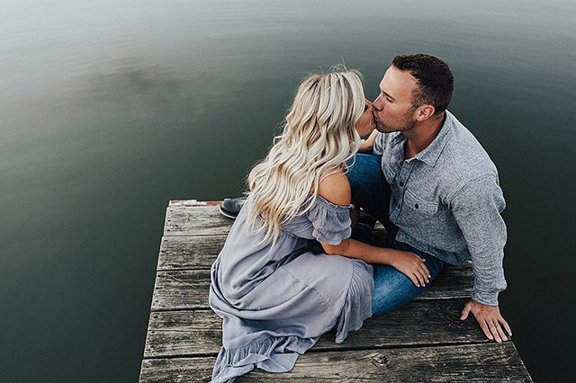 I cannot WAIT for Lexie and Rob's wedding today! What a beautiful day to tie the knot with your best friend! Stay tuned for some behind the scenes work today!⠀ ⠀ Wedding Day Venue: @thebarnonboundary⠀ Assistant Photographer: @vanessastollerphoto⠀ Bride: @lexieeejo⠀ ⠀ MUCH more to come! ⠀ ⠀ ⠀ #couplesphotography #thehappynow #dirtybootsandmessyhair #loveauthentic #momtogs #lifewellcaptured #northernindiana #fortwayneweddings  #clickinpro #clickinmoms #clickpro #stylemepretty⠀ #greenweddingshoes #dirtybootsandmessyhair #lookslikefilm #shootandshare #dearphotographer #greylikesweddings #canon #junebugweddings #photobugcommunity #heyheyhellomay #wedphotoinspiration  #theknot #radlovestories #utterlyengaged  #buzzfeedweddings #huffpostido #loverly #engagedlife