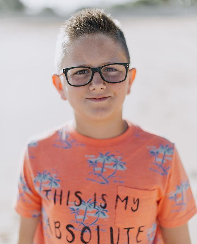 I rarely share my own family this feed (check out my personal feed @mrs.jenna.marie), but today I am. This is my oldest, and also a couple years ago now. He is 11. He is intelligent, a rule follower, and wants to obey. I'm super super proud of him. It's not his birthday or anything like that, but I'd be selfish to not share his awesomeness with the world. ⠀ ⠀ #crewanderson #childofmine #mauifamilyphotography⠀ ⠀ Image Cred: @cadencia