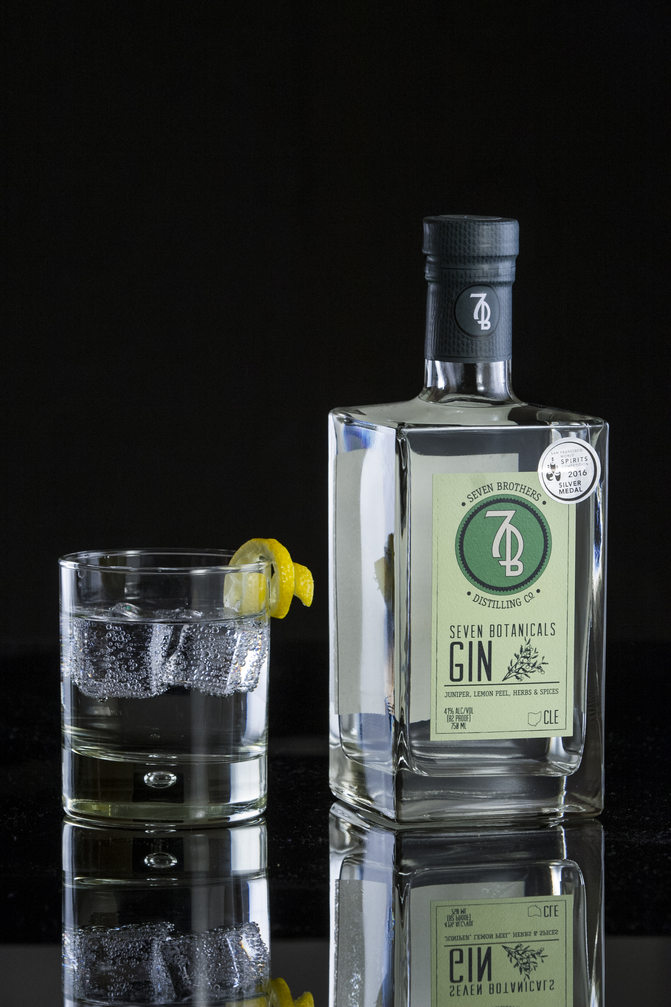 7B G&T - 2 oz Seven Brothers Seven Botanicals Gin3.5 oz Club Soda.75 oz Tonic SyrupOption: Substitute All Natural Tonic Water for combination of Club Soda and Tonic SyrupStir briefly over ice into a Collins glass. Garnish with a lemon wedge.