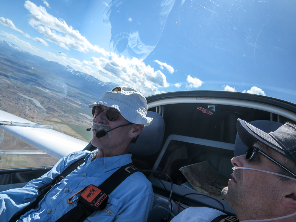 Former GHSA member Kevin Shaw and GHSA member Todd Hahn in Kevin's Pipistrel Taurus self-launching glider in Minden, Nevada, 2018