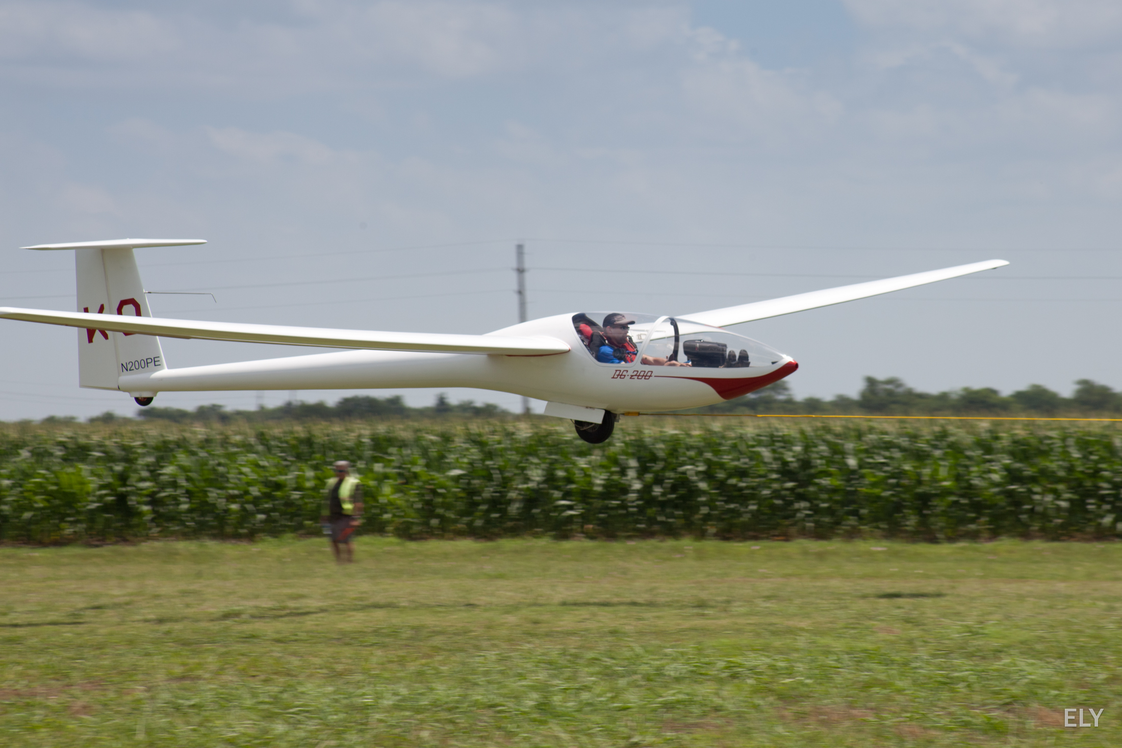 "Todd in the DG-200 15m sailplane ""KQ"""