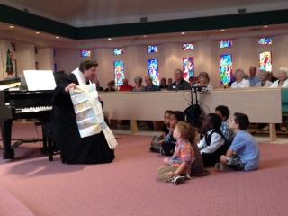 Children's sermon 01-04-15.JPG