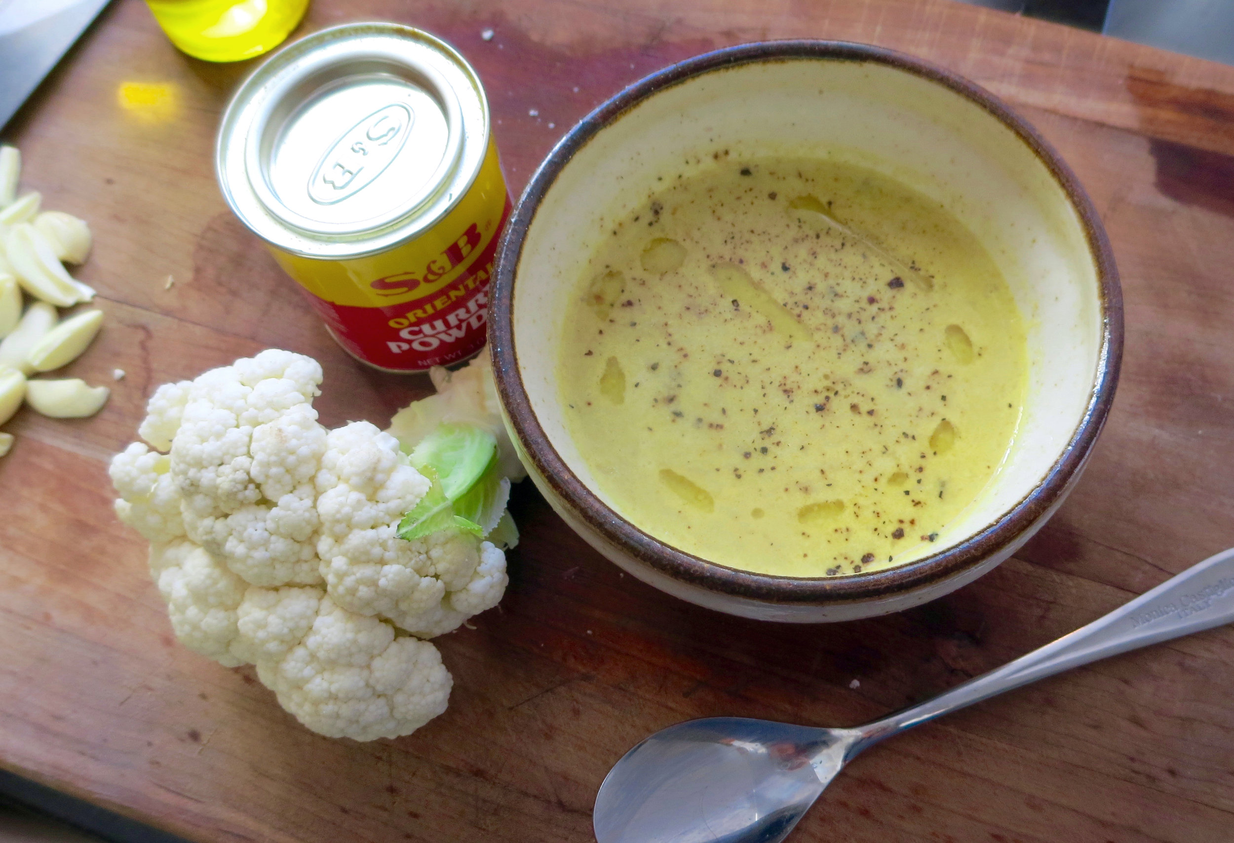 Cauliflower_soup_withcurry.jpg