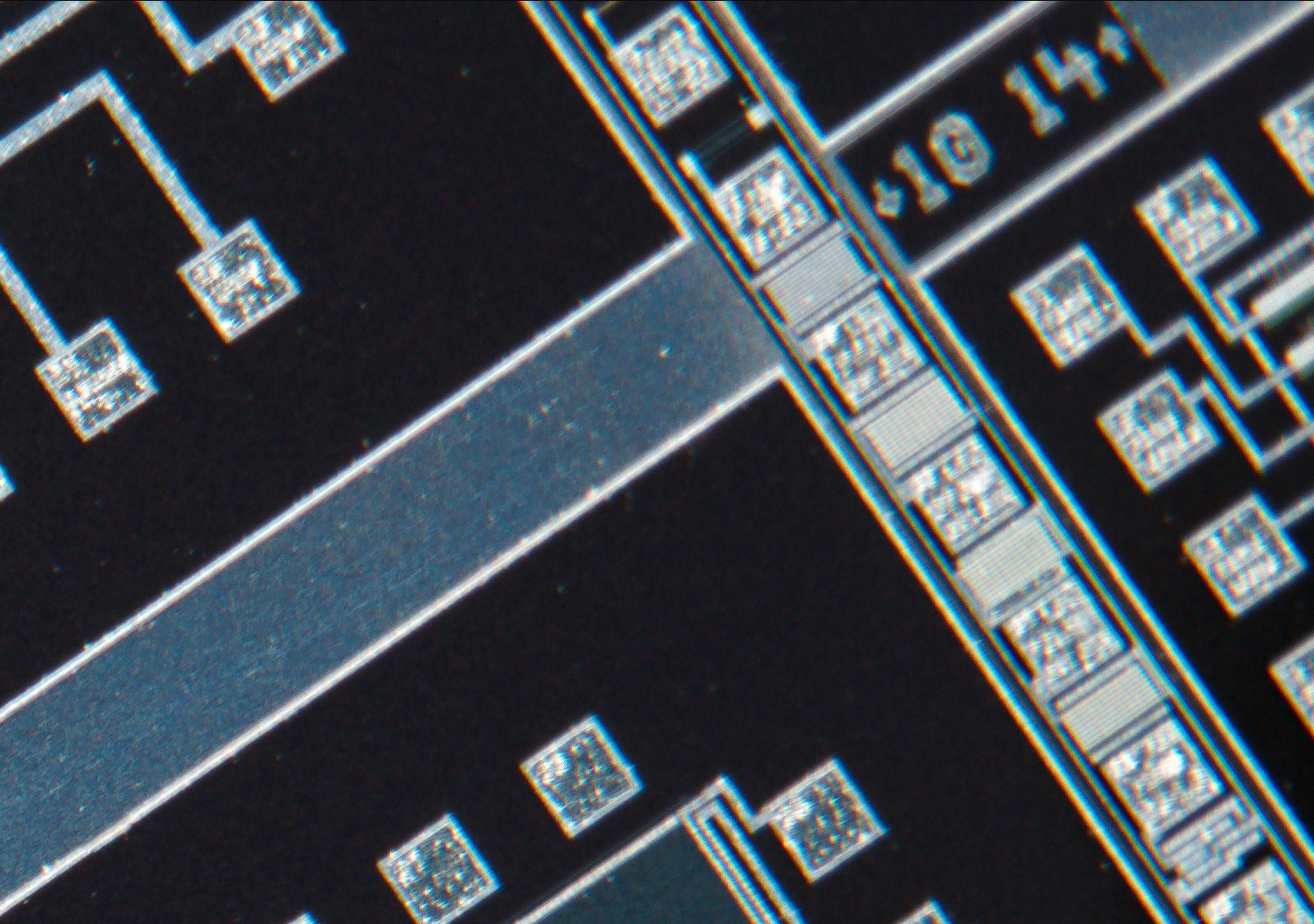 Nikon CFN Plan Apo 4x/0.20 160/- Finite Microscope Objective 100% actual pixel view corner crop. Clicking on an image will open a larger version.