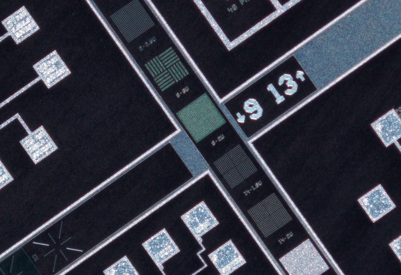 Schneider Kreuznach 28mm f/4 Componon, center crop at 100% view, f/4.5 at 4x