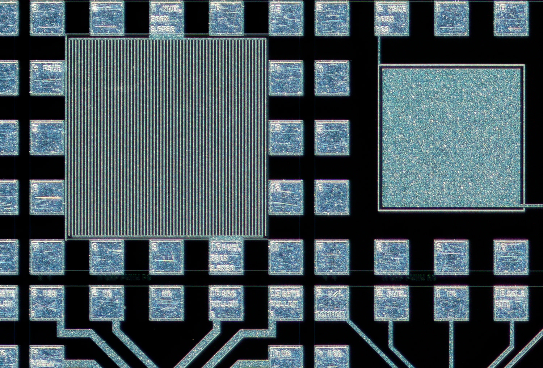Lomo 3,7x 100% actual pixel crop upper left corner