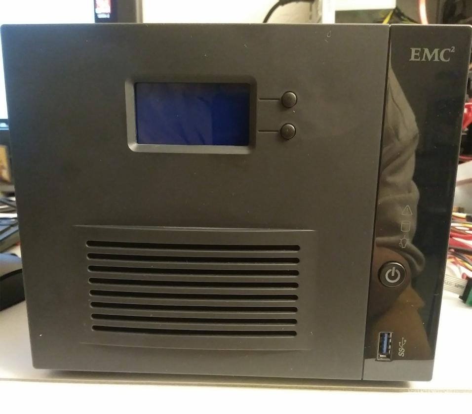 EMC2 RAID 5 NAS.png
