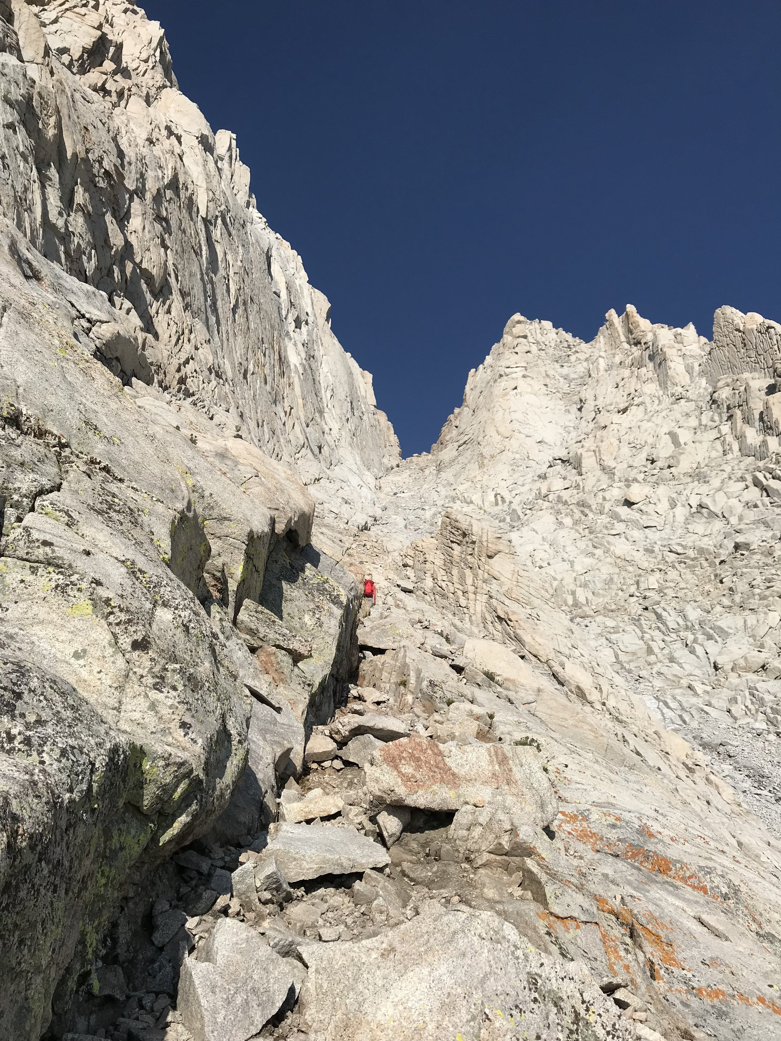 Cutting across the boulder fields and up towards the chute.