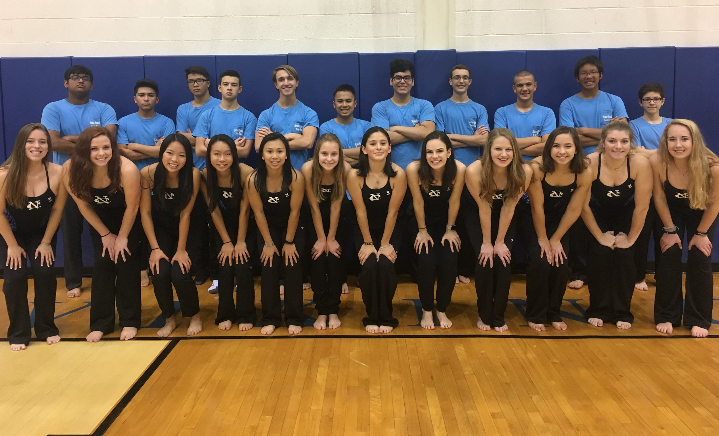11/3 WOMEN'S SWIM WINS PRIVATE SCHOOL INVITATIONAL IN GRAPEVINE! -