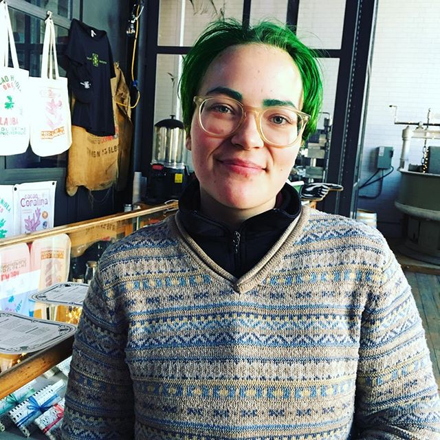 Green hair sighting #greenhair #GreenSky #bookkeeping #Brooklyn #smallbusiness #cacaoprietodistillery