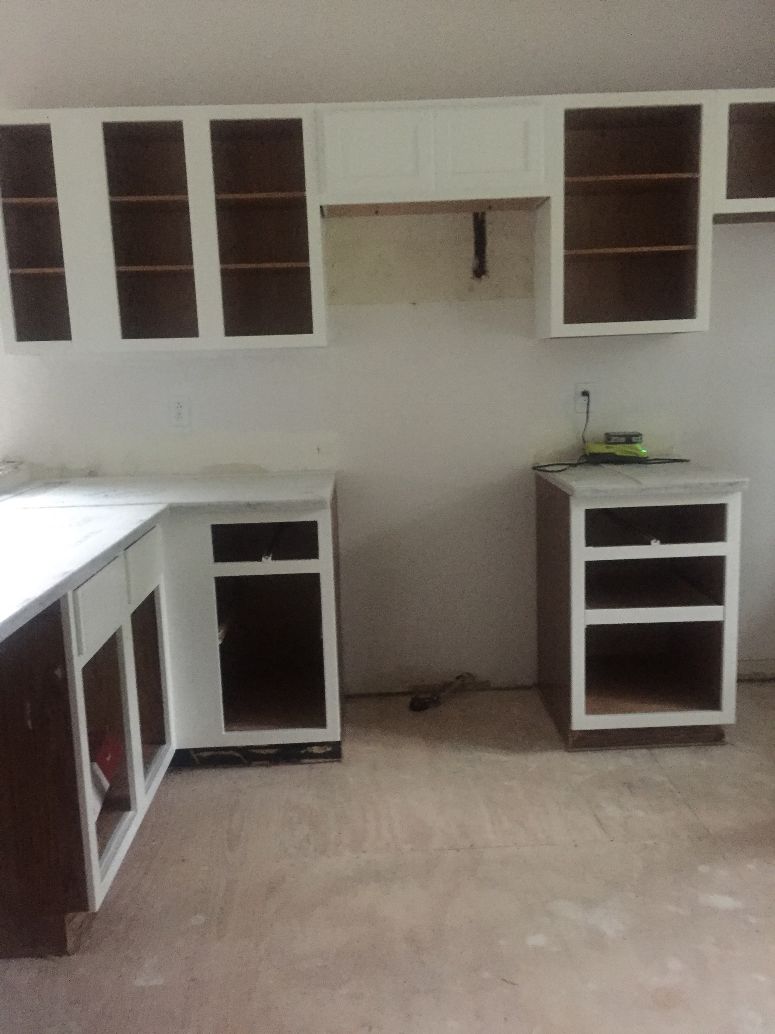 Painted Cabinets: Behr pure white cabinet paint