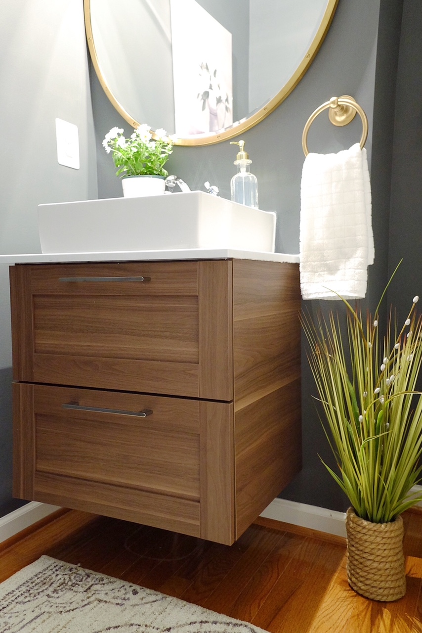 Sink unit is from @Ikea