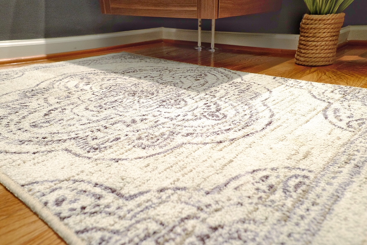 Rug is from @Homegoods