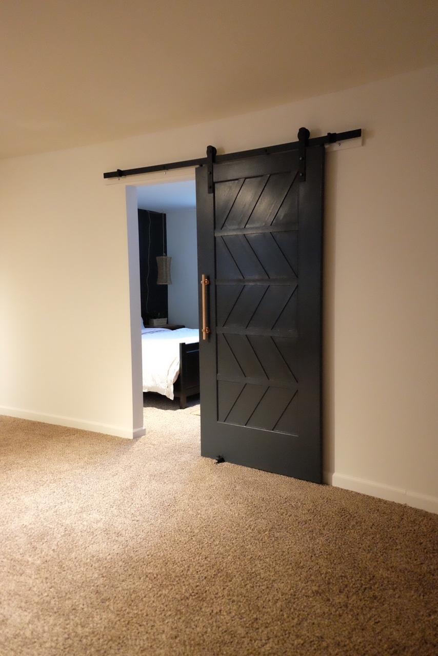 Modern Barn Door - Cottagestyleblog