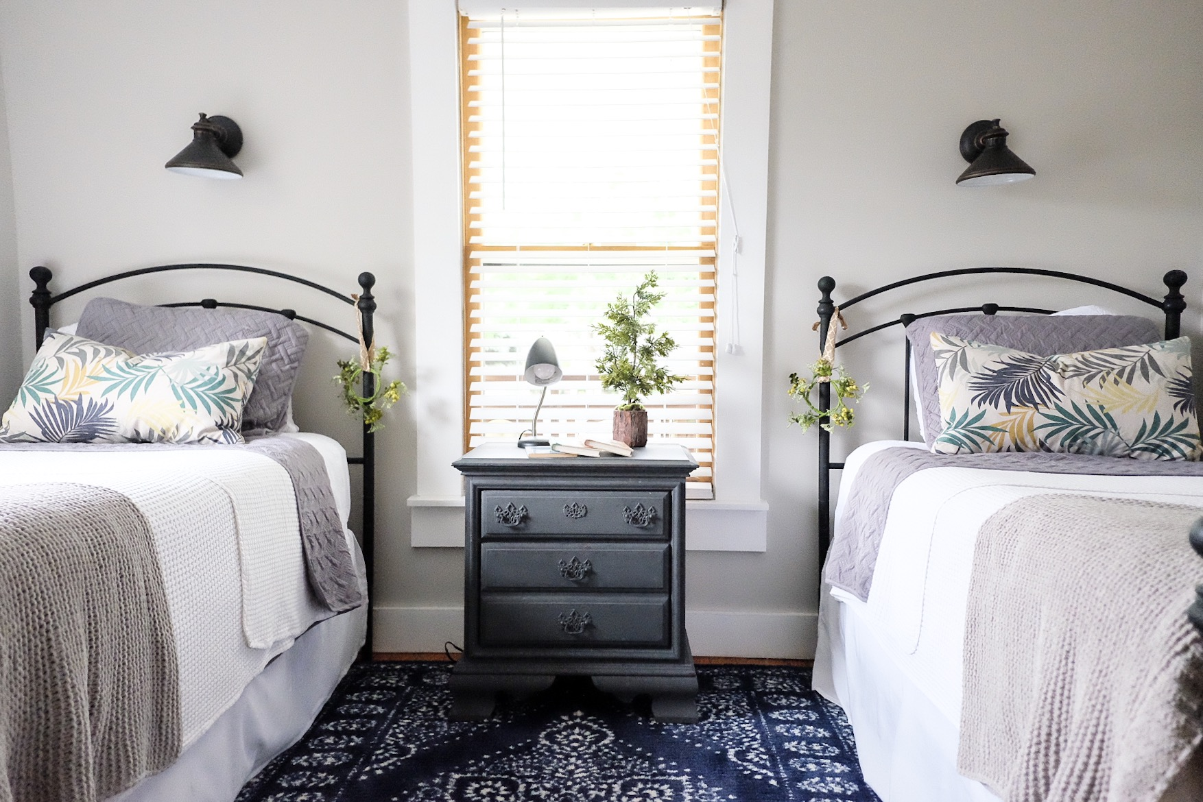 Our Midtown Bungalow Airbnb twin bedroom -     Cottagestyleblog.com
