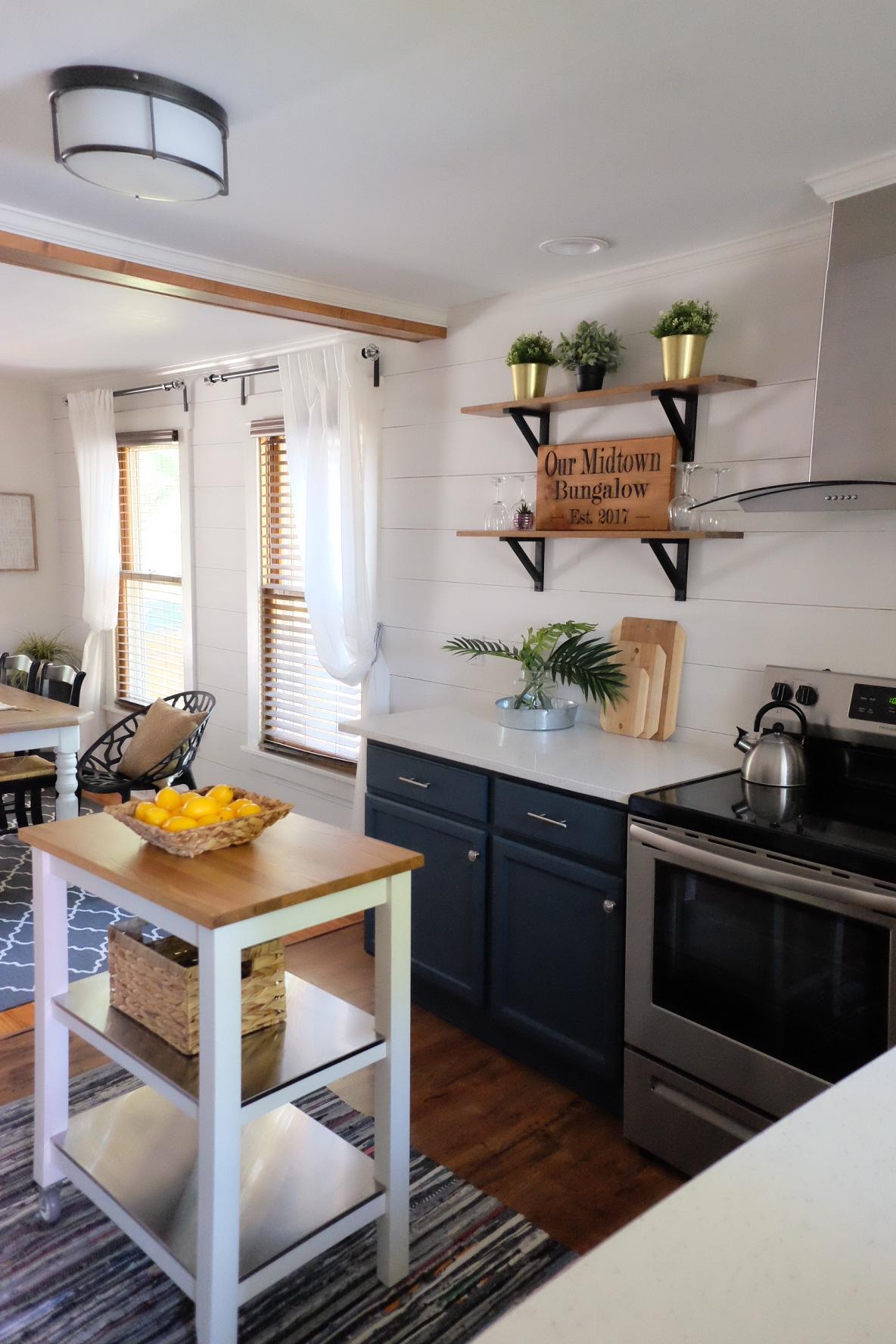 bungalow Airbnb kitchen -     cottagestyleblog