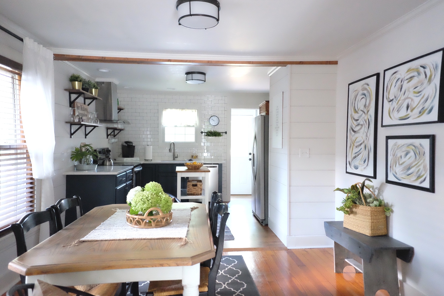 midtown bungalow airbnb in frederick, Md -   cottagestyleblog