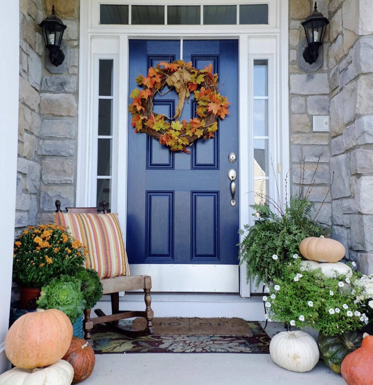 Our front porch…. cottagestyleblog.com