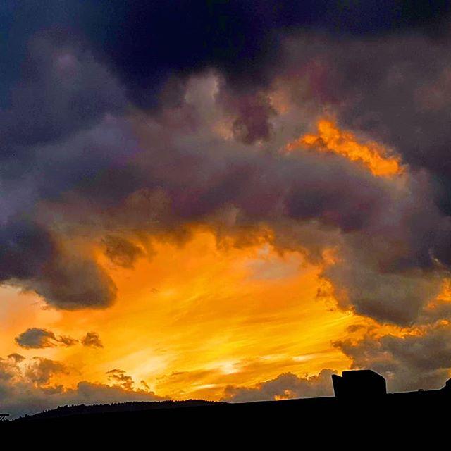 Sunset over Oosoyos.