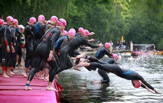 150222_Triathlonguard-Windsor-Triathlon-entering-the-water.jpg